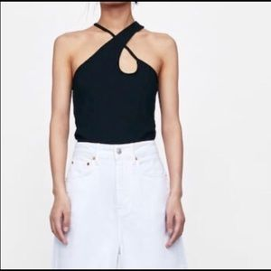 Criss cross neck line top.